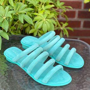 🆕 KELSI DAGGER Women's Saga Flat Sandal